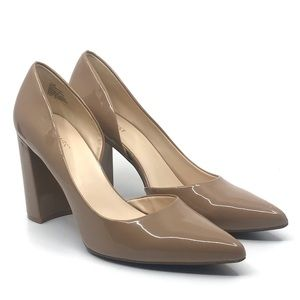 NINE WEST TAN PATENT POINTY TOE SIDE CUT OUT PUMP